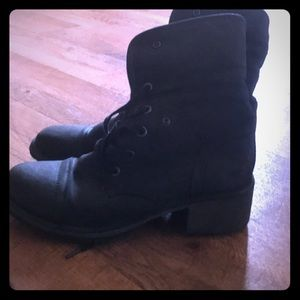 Roxy Black Combat Boots Size 8.5